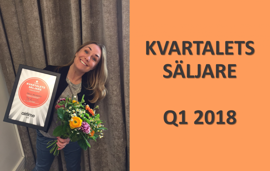 Malin Holmgren holding q1 2018 prize and flowers